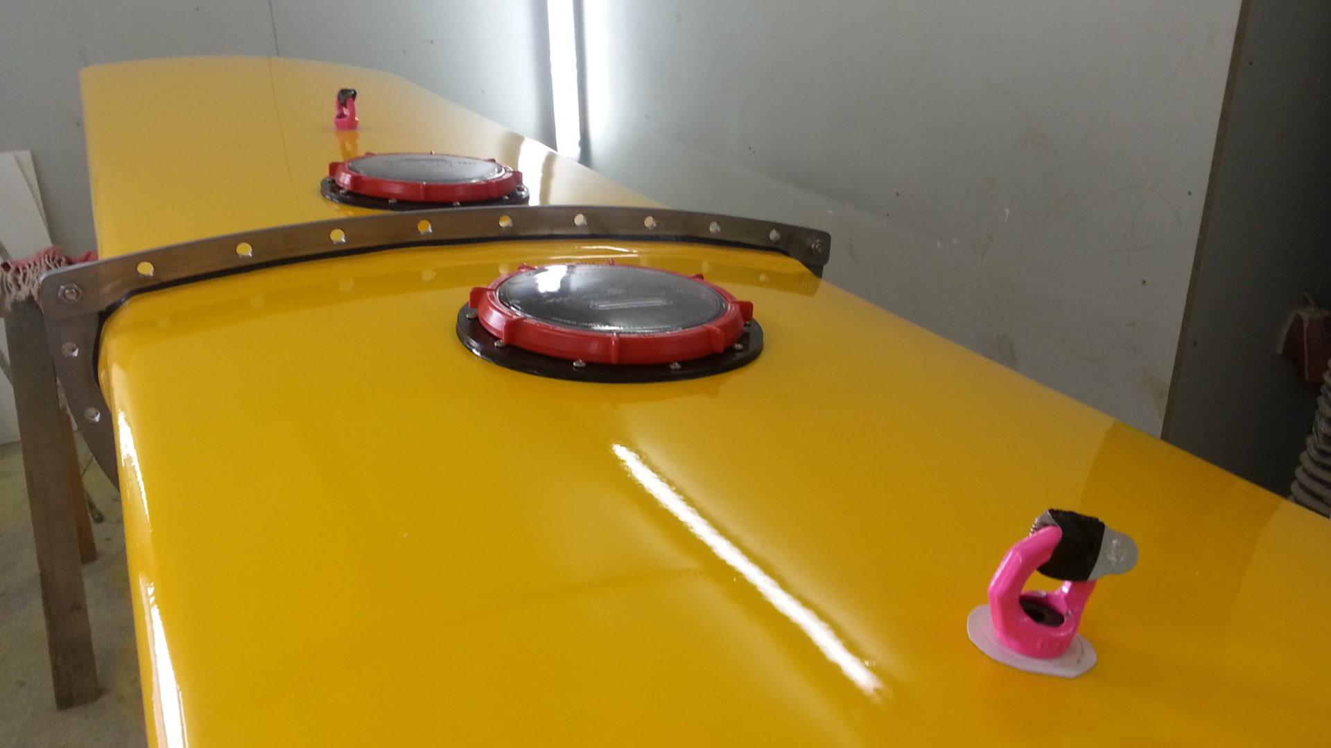 Detailansicht vom NEMOS Schwimmkörper für eine Wellenenergiegewinnungsanlage kurz nach der Fertigstellung in der Werkstatt.